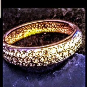 Jewelry - Gold tone pave czs ring